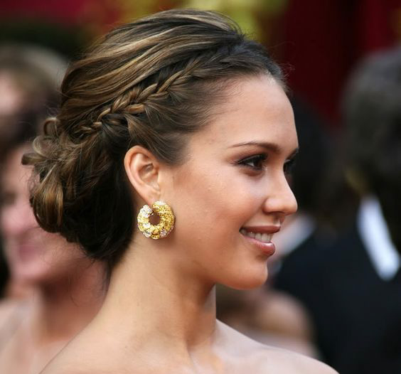 jessica alba-top-10-party-hairstyle-red-carpet