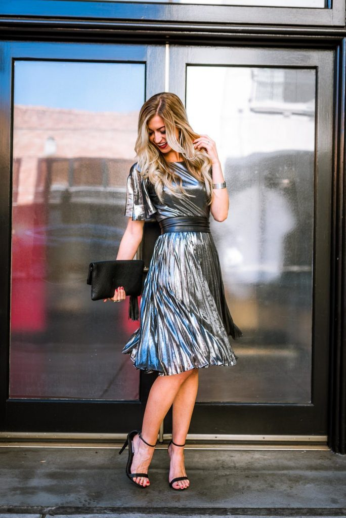 date-night-outfits-valentine-day-silver-shimmer-dress-wrap-belt