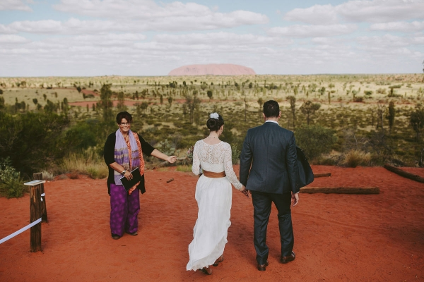 97859-camilla-charls-country-outback-elopement-by-ben-adams-600x400