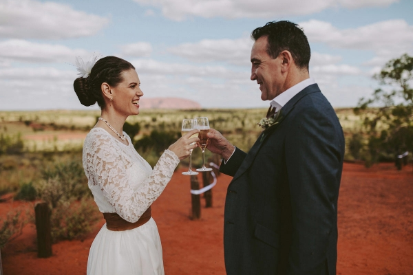 97880-camilla-charls-country-outback-elopement-by-ben-adams-600x400