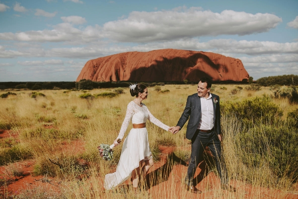 97888-camilla-charls-country-outback-elopement-by-ben-adams-600x400
