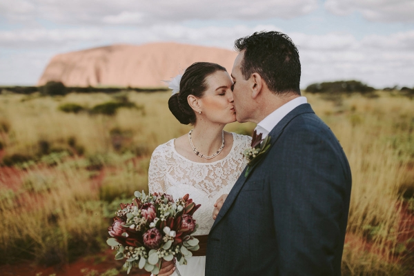 97896-camilla-charls-country-outback-elopement-by-ben-adams-600x400