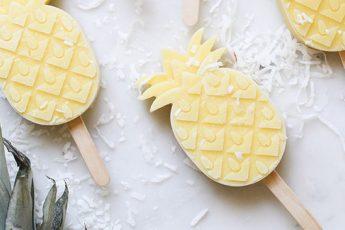 DIY-5-Easy-homemade-Popsicles-to-do-this-summer-Pineapple_Popsicles